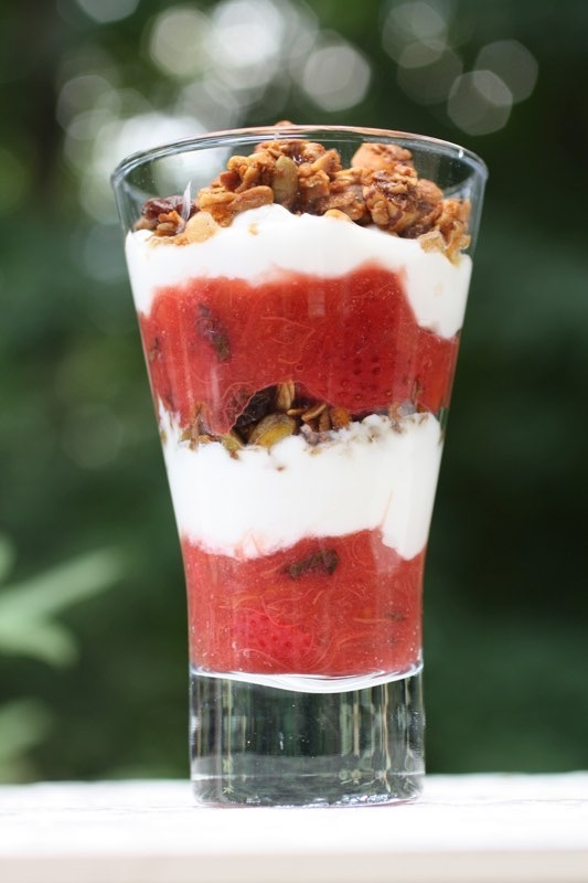 Yogurt Parfait with Granola